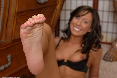 Tiffany Brookes Foot Fetish